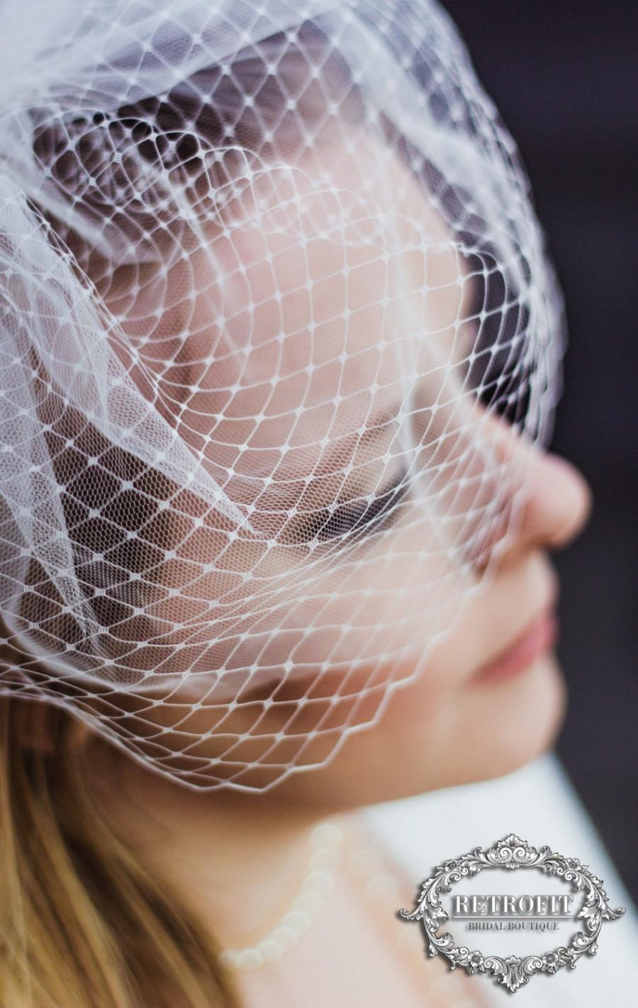 زفاف - Ivory Birdcage Veil, netted bridal veil, retro wedding hair accessory, mini blusher, mini veil, french, vintage style, Russian, keepsake box