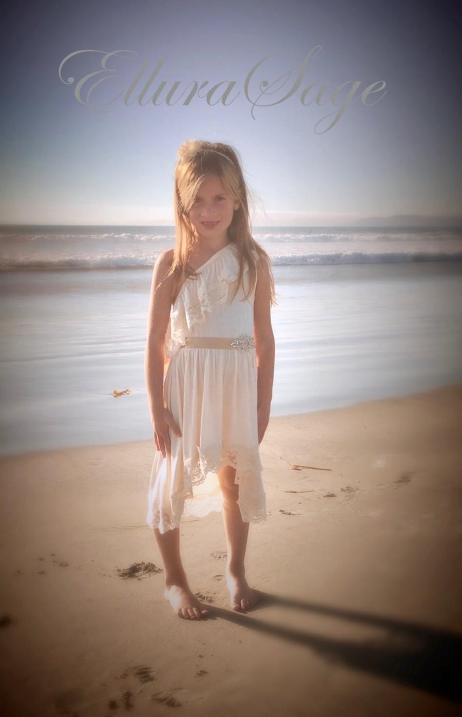 Свадьба - Flower Girl Dress, One Shoulder Lace Girls Dress, Beach Flower Girl, Boho Flower Girl Dress, Ivory Flower Girl Dress, Princess Dress