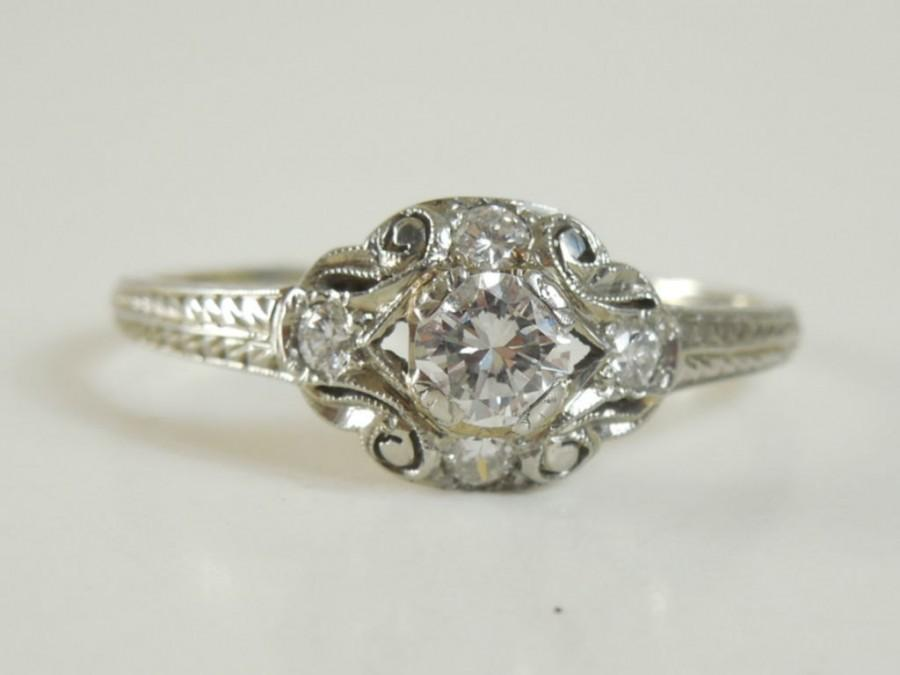 Mariage - Antique Estate Vintage Art Deco 1930 18K White Gold 1/2 Carat Diamond Ring
