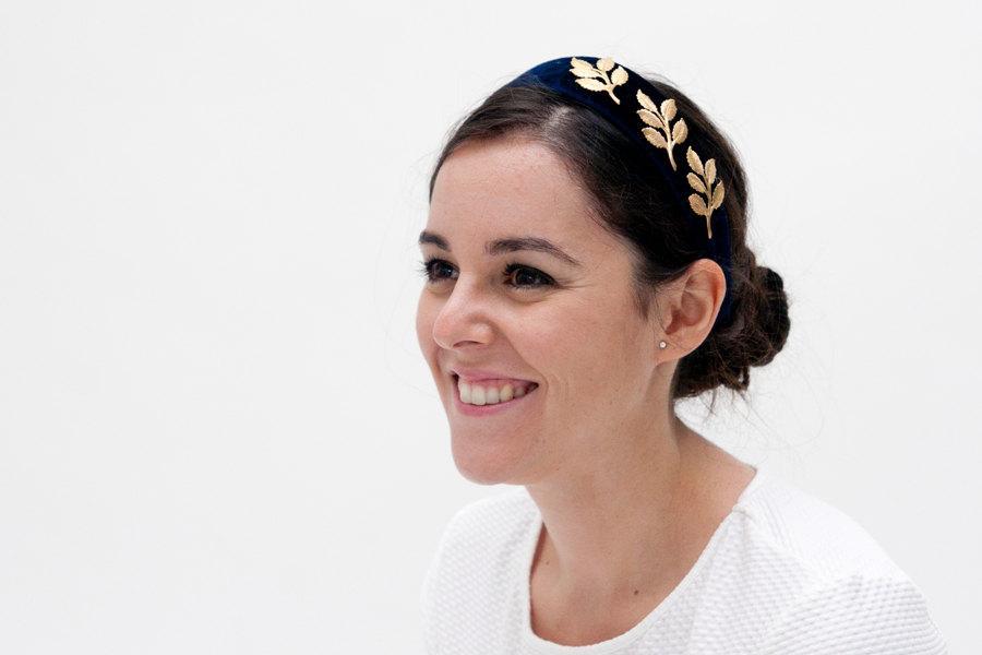 زفاف - Isobel - Dark blue velvet headband with golden brass leaves
