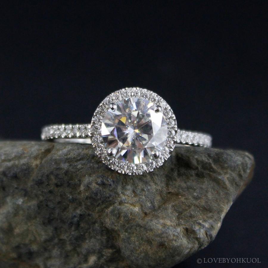 Mariage - Forever One Moissanite Diamond Halo Engagement Ring - Halo Diamond Ring - Choose Setting