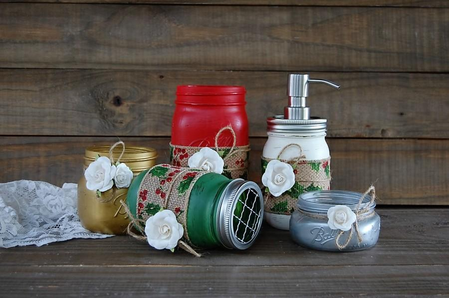Christmas Mason Jar Bathroom Set Holiday Bath Decor Shabby Chic Soap Dispenser Bathroom Jars 5 Piece Rustic Distressed Metal Pump