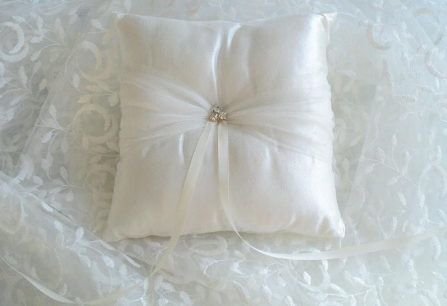 Hochzeit - Ivory Ring Bearer Pillow, Wedding Pillow with Swarovski Crystals- Cream Ring Pillow, Ivory Wedding Ring Pillow, Tulle Bridal Pillow