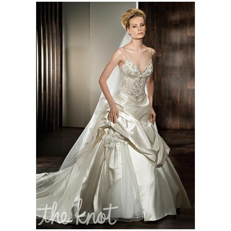 The Knot Wedding Gowns: Demetrios 2845 Wedding Dress
