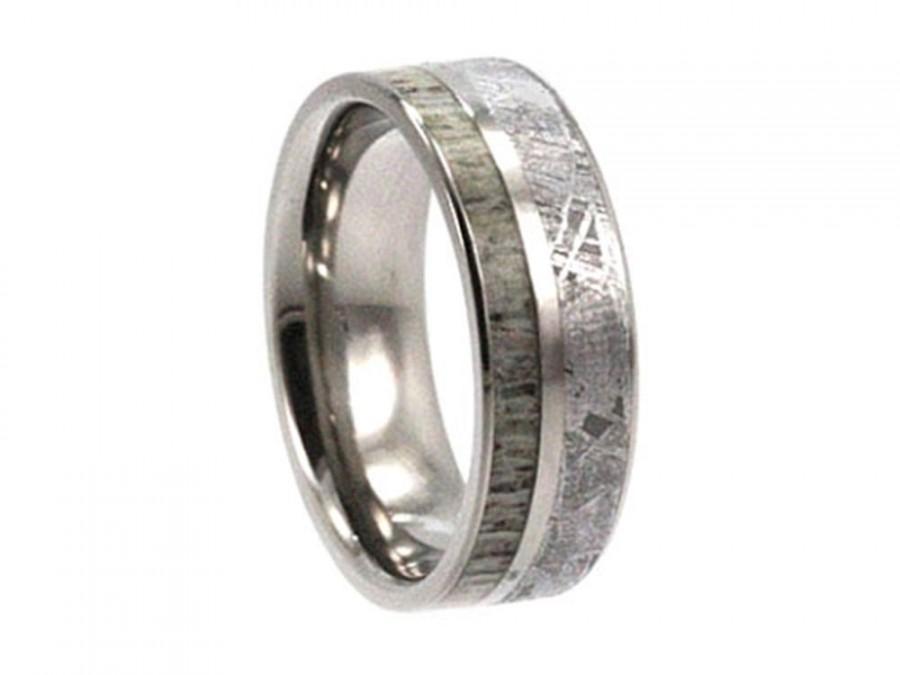Mariage - Deer Antler Wedding Band, Gibeon Meteorite Ring With A Titanium Pinstripe, Hunting Jewelry