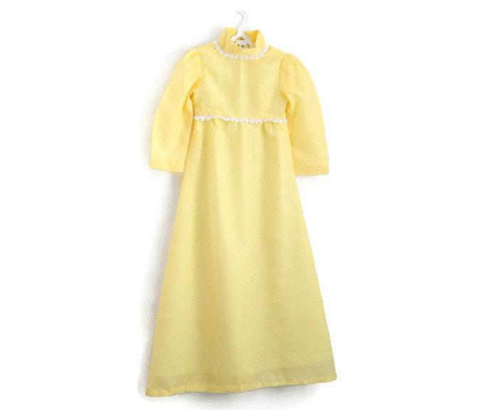 Mariage - Girls Dress, Girls Vintage Dress, Girls Party Dress, Flower Girl Dress, Girls Maxi Dress, Girls Holiday Dress