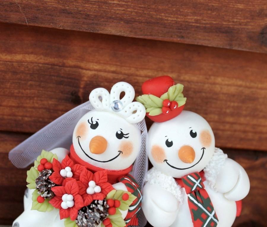 Свадьба - Wedding custom snowman cake topper, winter wedding, Christmas cake topper, Scottish tartan wedding, poinsettia bouquet