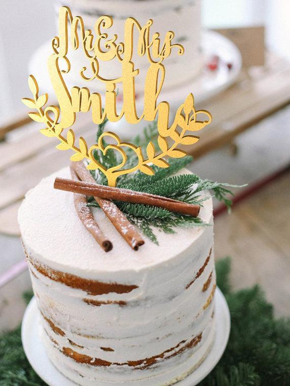 Свадьба - Wedding Cake Topper Custom surname Personalized Surname Wood Gold Cake Topper Rustic Wedding Cake Topper Boho Cake Topper