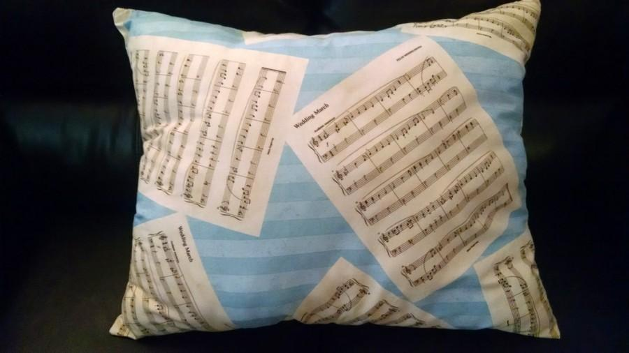 Mariage - Wedding March Pillow
