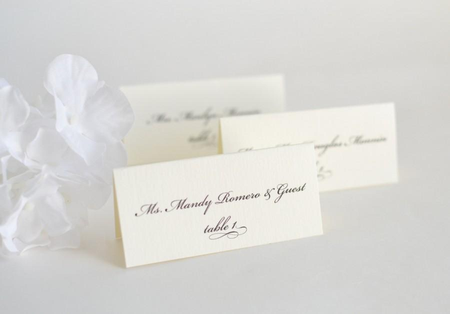 Mariage - Wedding Place Cards, Name Cards, Classic Place Cards, Script Place Cards, Elegant Wedding Place Cards - Elegantly Charming Place Cards