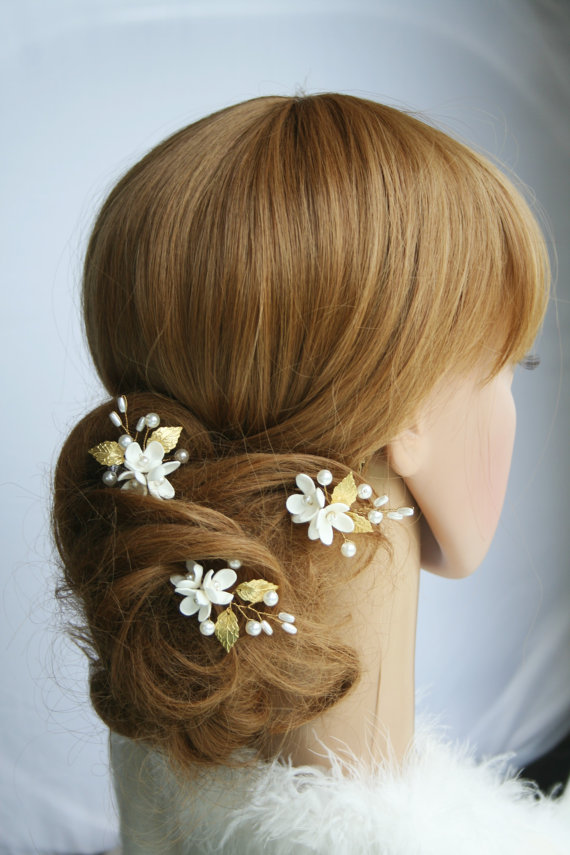 Mariage - Bridal Hair Pins Wedding hair pins Flower hair pins Pearls hair pin Bridal hair flower Gold hair accessory Clay flower