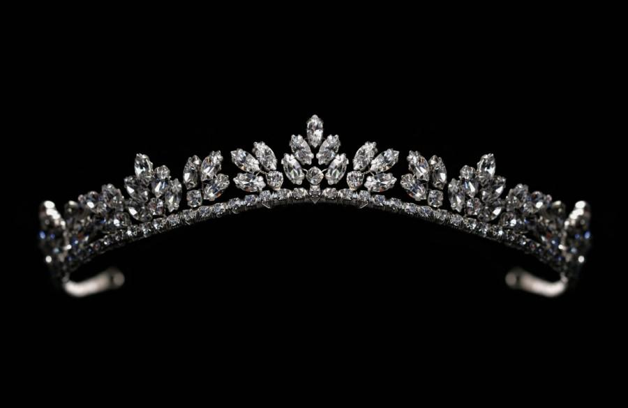 Mariage - Bride / Wedding Silver Tiara made with Swarovski Crystal Clear Rhinestones