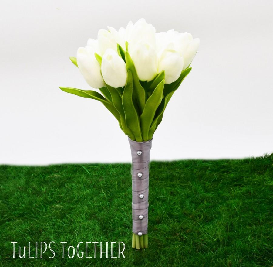 Mariage - White Real Touch Tulip Wedding Bouquet - Ready for Quick Shipment 1 Dozen Tulips Customize Your Wedding Bouquet - Flower Girl Bouquet