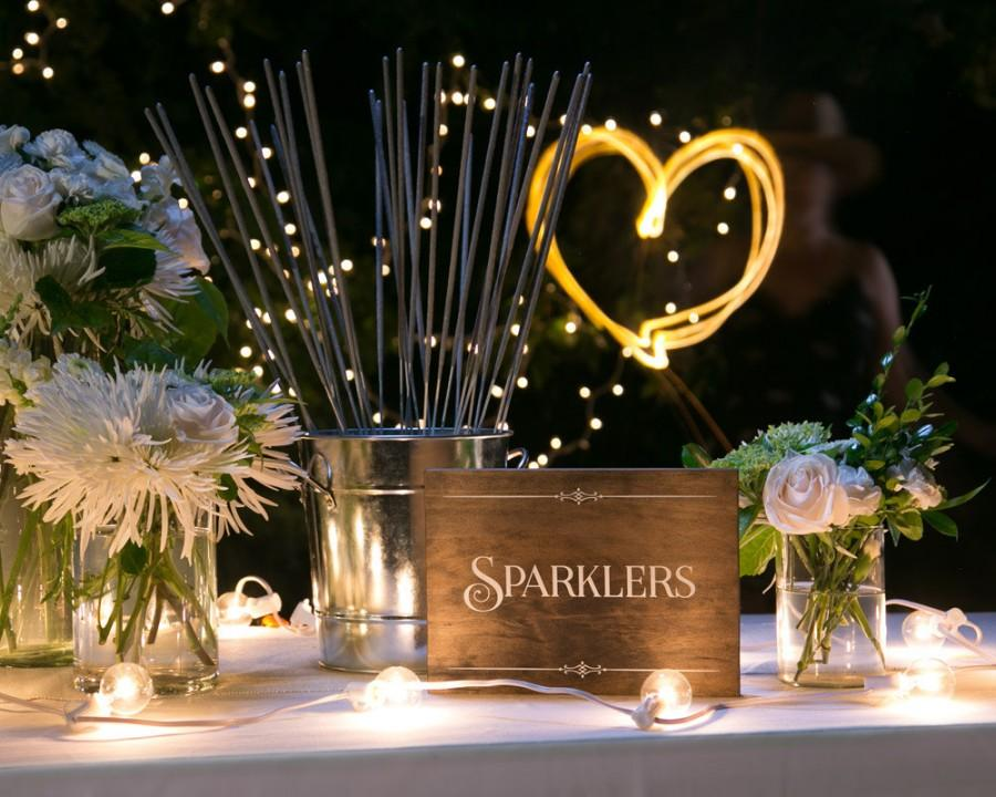 "Mariage - Rustic Chic ""Sparklers"" Wood Party Sign for your Western, Outdoor, Garden or Urban Wedding, Party, New Year's Eve, Holiday Party or BBQ"