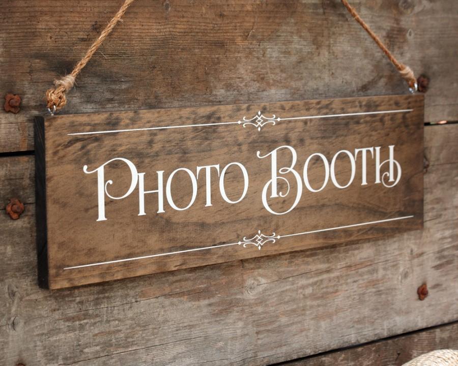 "زفاف - Rustic Chic Wedding ""Photo Booth"" Wood Photo Prop Sign for your Country, Western, Outdoor, Garden, Urban Wedding Reception or Home Decor"