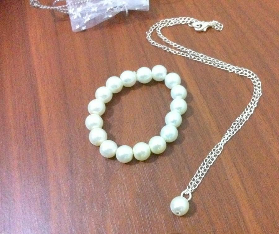 Mariage - Flower girl pearl necklace and bracelet gift set -  weddings, flowergirl jewelry, Bridesmaid Gift