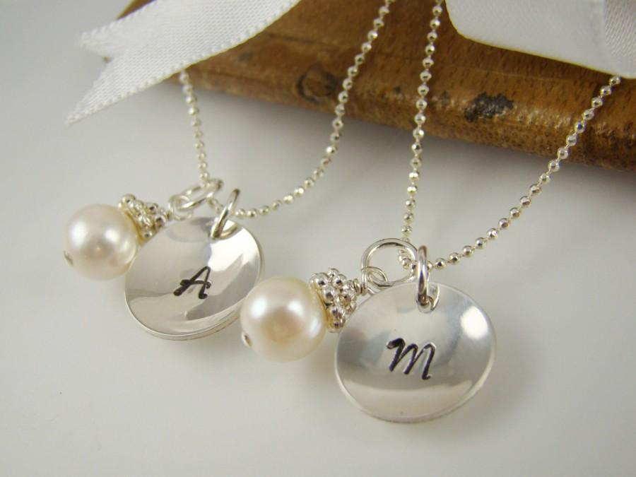 Свадьба - Personalized Flower Girl Necklaces, Pearl Necklace, Flower Girl Initial Necklace, Sterling Silver