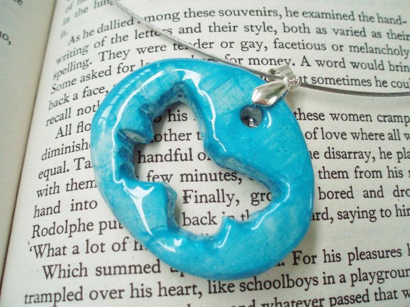 Hochzeit - Ceramic butterfly fairy pixie necklace, hollow blue butterfly memory wire choker, modern summer jewelry