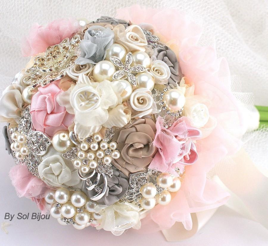 Mariage - Brooch Bouquet, Pink, Grey, Gray, Champagne, Ivory, Vintage Style, Elegant, Wedding Bouquet, Lace Bouquet, Jeweled, Pearls,  Crystals
