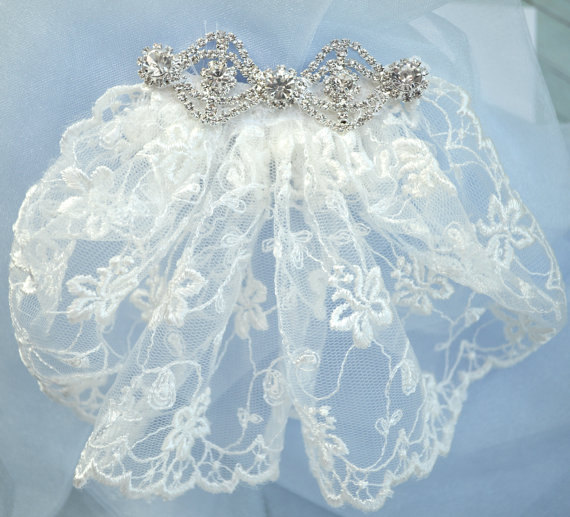 Mariage - Bridal Veil, Short Wedding Veil, Lace Wedding Veil, Veil with Rhinestone Jewel Trim, Weddings, Bridal Veil, Wedding, Wedding Clothing