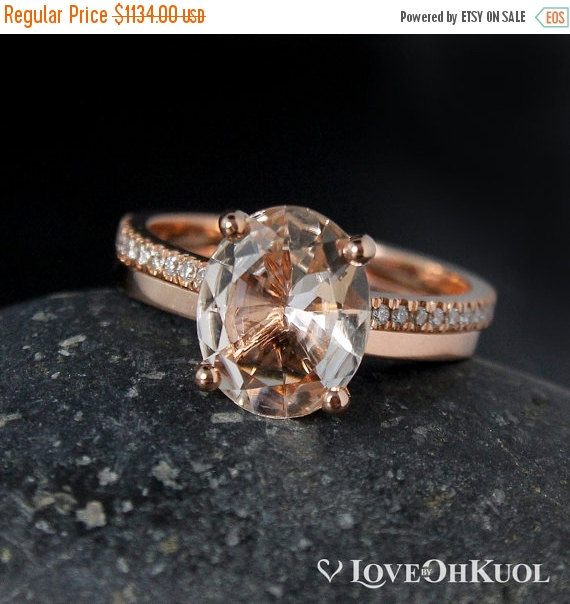 Mariage - BLACK FRIDAY SALE Oval Peach Morganite Engagement Ring Set - Wedding Band - Classic Bride