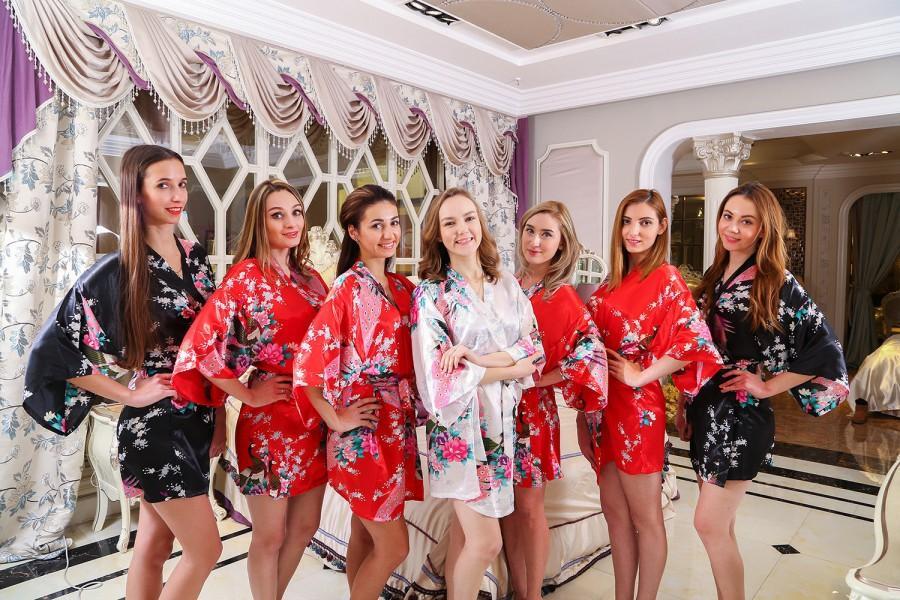 Mariage - Satin1 bridal robes cheap dressing robe satin robe kimono bridesmaid robes bridesmaid robes Not cotton matching bridesmaid robes plush robes