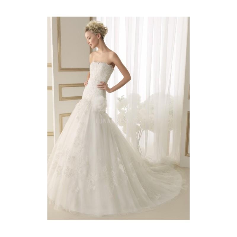 Свадьба - Elegant Fit N Flare Strapless Lace Floor Length Wedding Dress With Flowers - Compelling Wedding Dresses