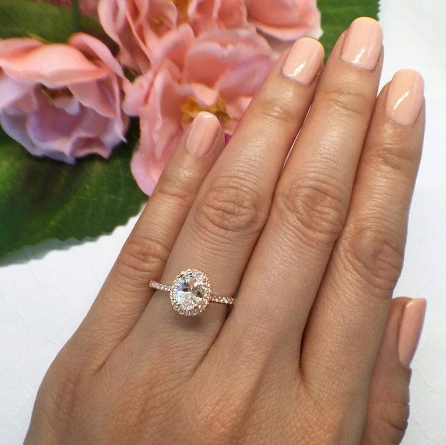 Свадьба - New! 1 ctw, 3/4 ct Oval Halo Engagement Ring, Classic Halo Ring, Man Made Diamond Simulants, Wedding Ring, Sterling Silver, Rose Gold Plated