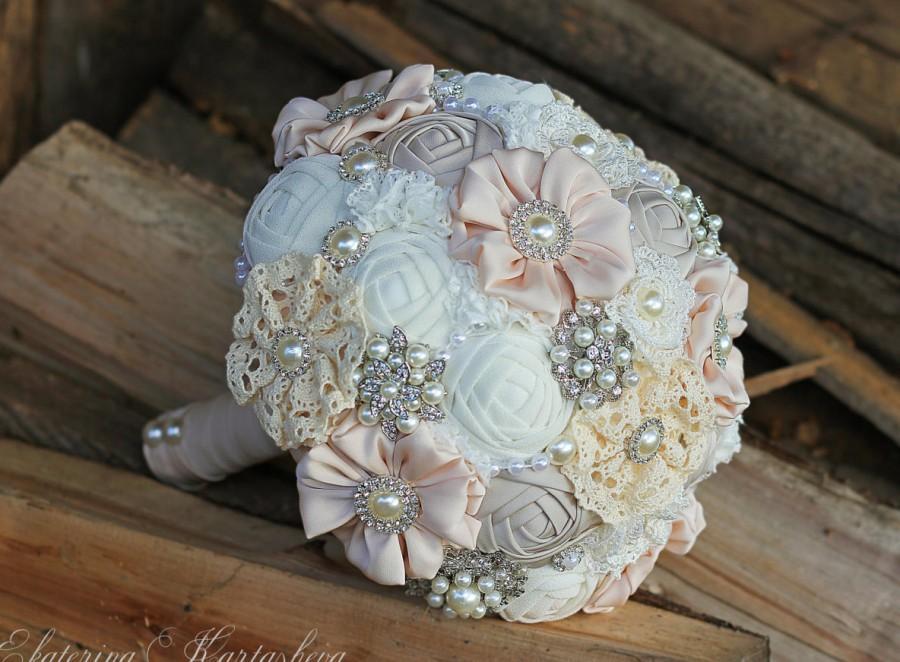 Mariage - SALE!!FREE SHIPPING!!Brooch Bouquet. Ivory Fabric Bouquet, Vintage Bouquet, Rustic Bouquet, Unique Wedding Bridal Bouquet