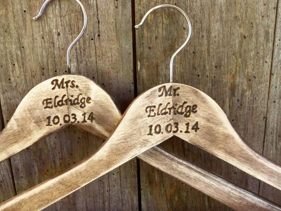 Mariage - CoUPON CoDE:  BLKFRI10 - Personalized Wedding Dress Hangers