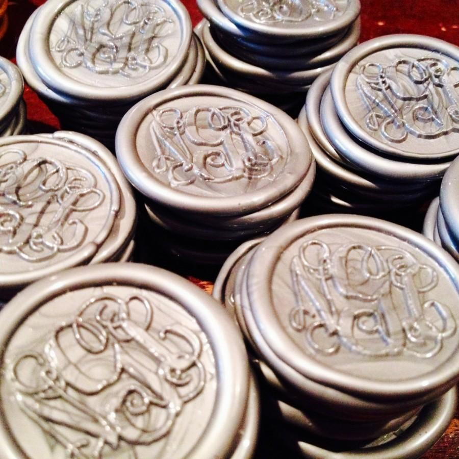 Mariage - Pre-made Peal and Stick Monogram Wax Seals w/Keepsake Stamper