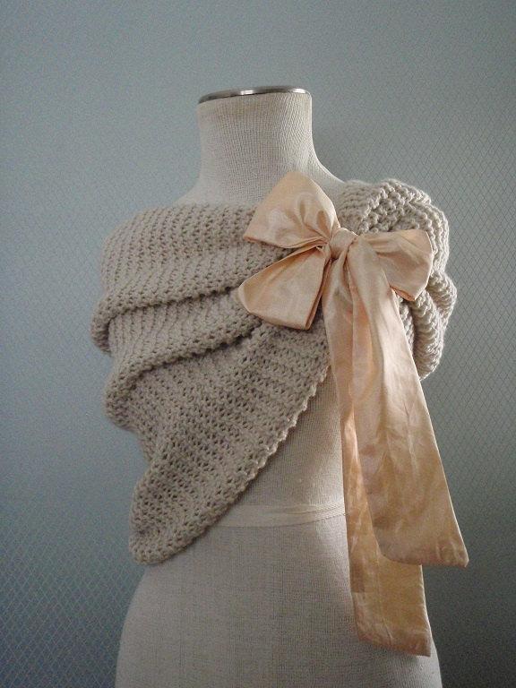 Mariage - Bridal shawl, bridesmaids gift, flower accessories, bridal accessories, wedding accessories, capelet, wedding gown, wedding, handmade.