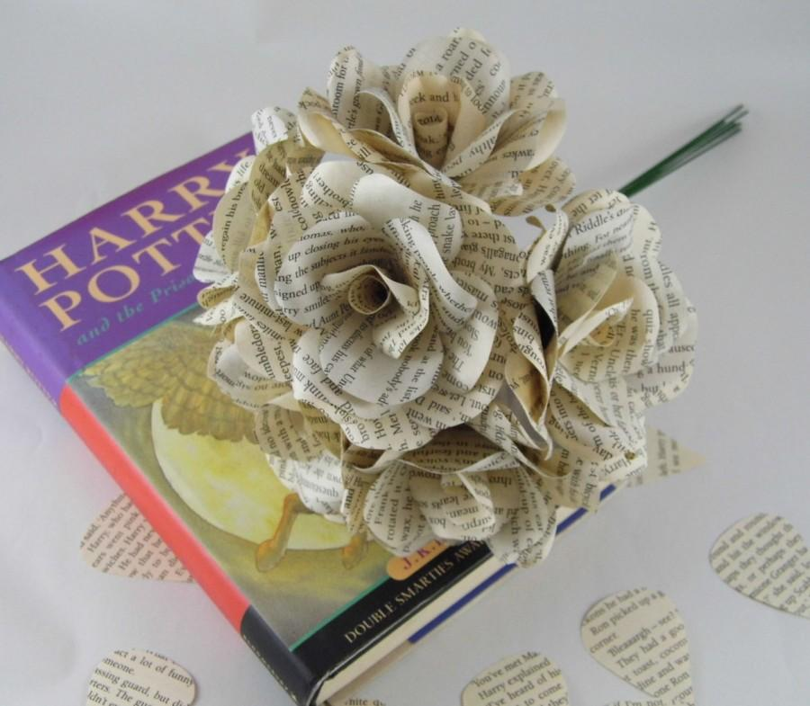 Mariage - 6 x Harry Potter Paper Roses, Book Page Paper Flower Roses, Handmade Paper Roses, Harry Potter Wedding Flowers