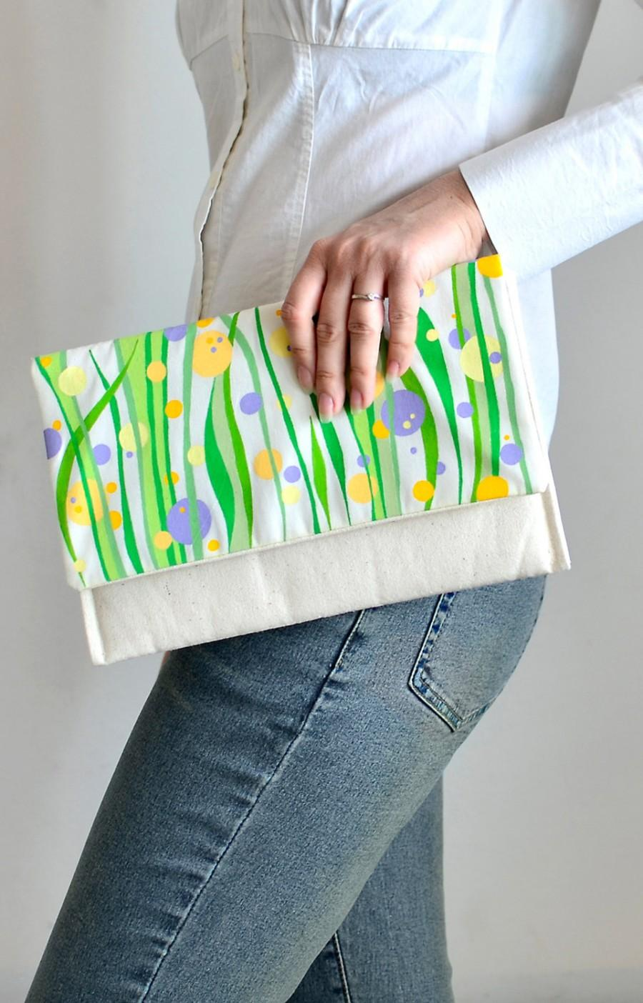 Свадьба - Hand painted purse, Handmade clutch, Ivory gift bag, Spring purse, Green lavender yellow print, Wedding purse, Statement bag, Colorful bag