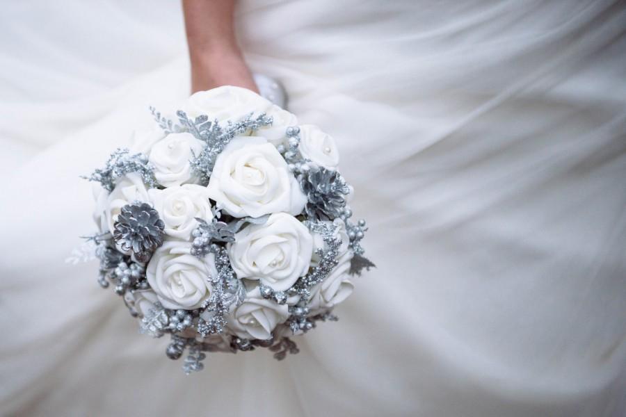 Winter Wedding Bouquet Wonderland