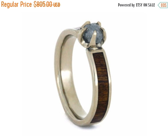 Mariage - ON SALE - Rough Diamond Engagement Ring, Wood Ring in 14k White Gold, Nature Engagement Ring, Wood Engagement Ring