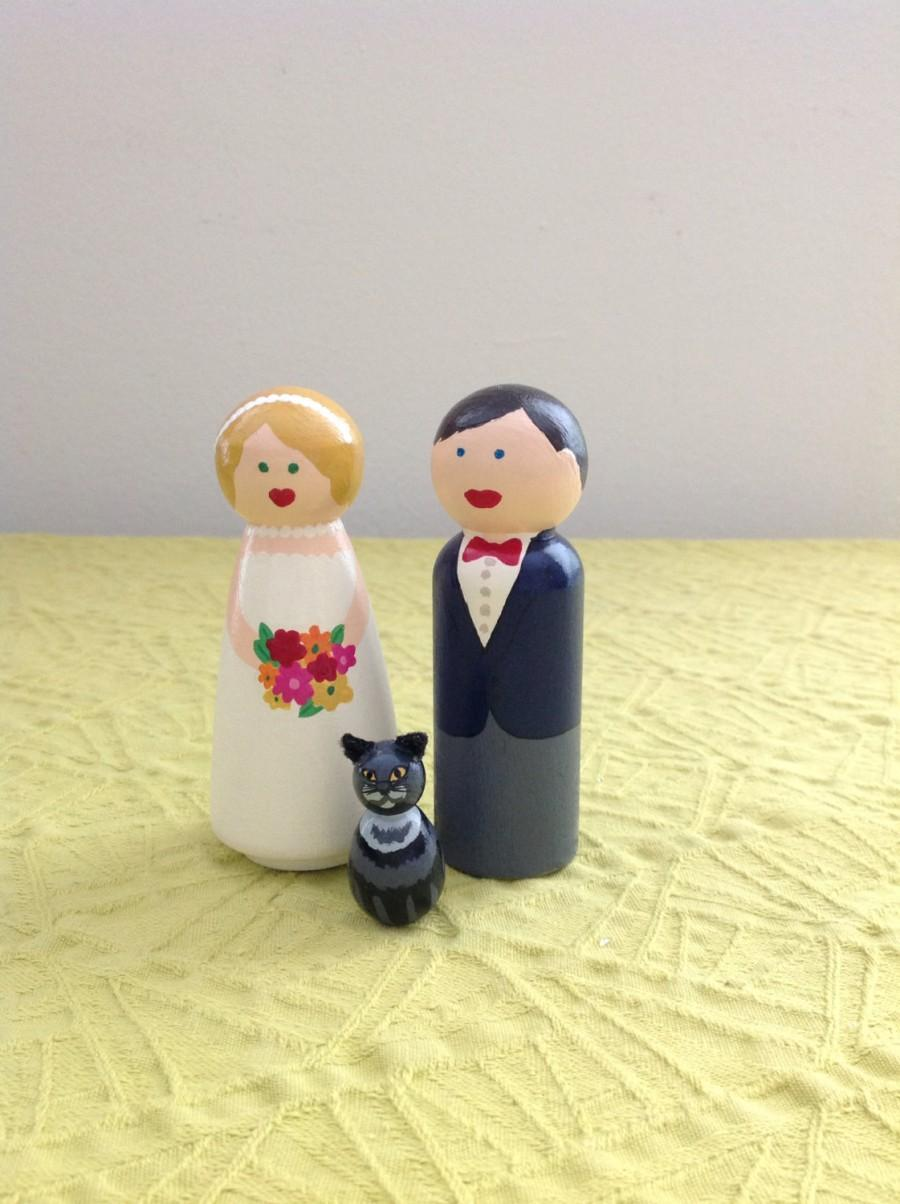 Mariage - Couple and their Pet Cake Topper Handpainted Customizable Unique Detailed