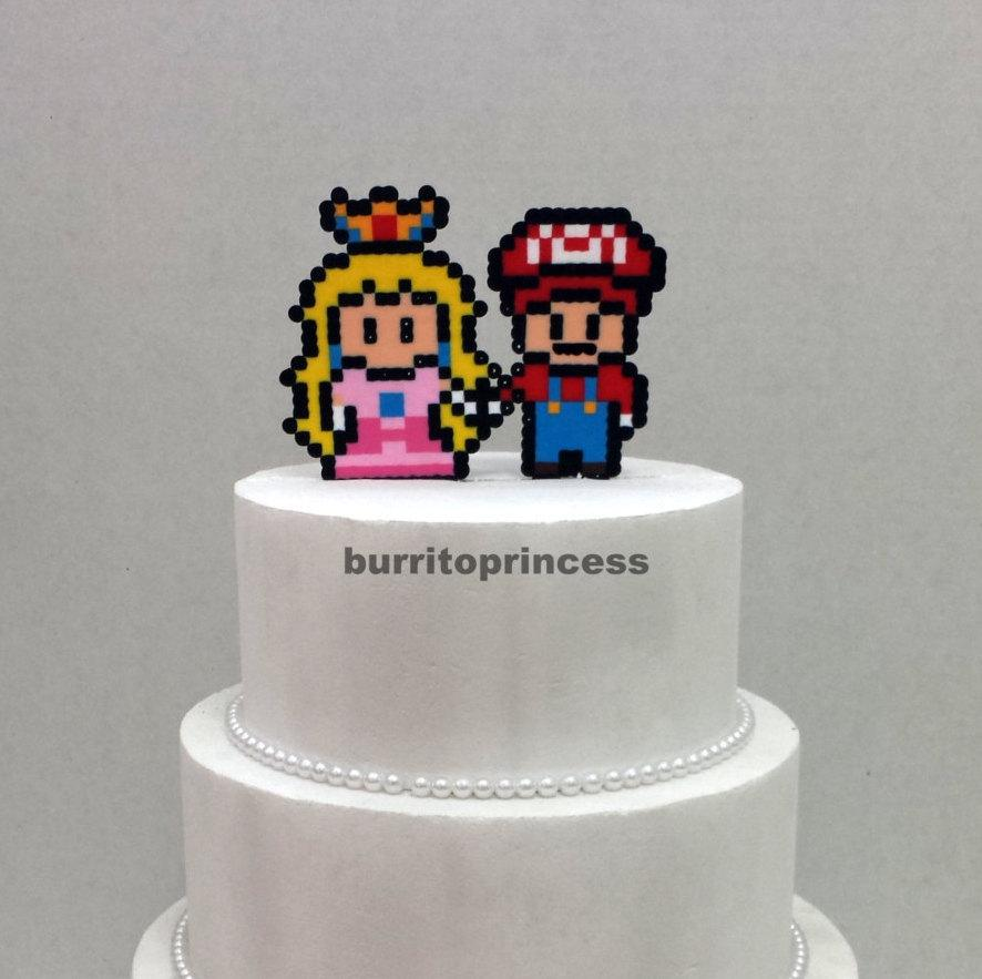 Mariage - Cake Topper- Mario and Princess Peach Wedding Cake Topper - Video Game Wedding - 8 Bit Wedding Cake Topper - Nerdy Wedding