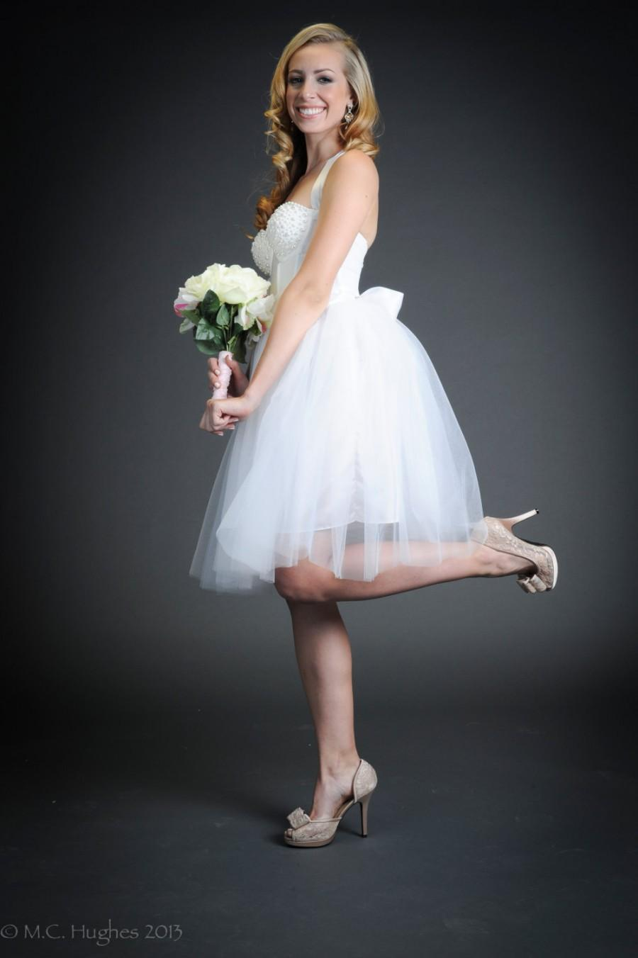 Düğün - White Tulle Tutu Knee Length Wedding Skirt Sash Short Modern Bride's Dress