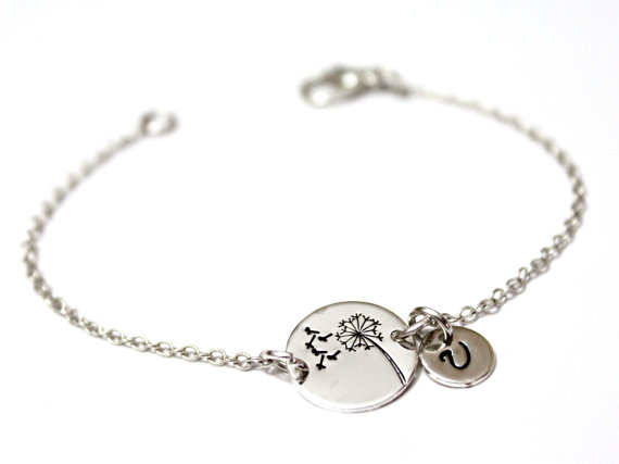 Свадьба - Sterling Silver Dandelion Bracelet,Wish Bracelet.Hand-Stamped,Dandelion Wish Bracelet, initial charm, initial Bracelet, Personalized Jewelry