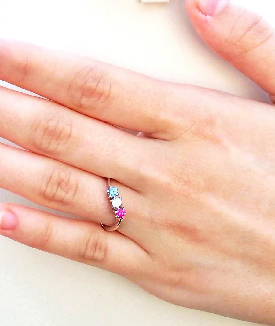Свадьба - Curved Birthstone Ring - Family Birthstone Symbol Ring - Curved Ring - Anniversary Birthstone Ring - Personalized Family Birthstone Ring