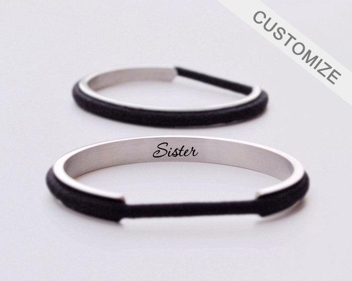 Mariage - Hair Tie Bracelet Holder Personalized Gift Hair Tie Bangle Engraved Custom Sister Bracelet Cuff Silver Anniversary Christmas Gift For Her