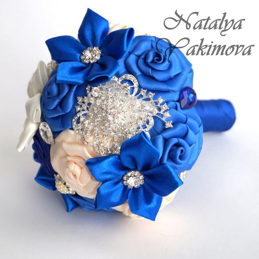 Hochzeit - Bridesmaid's bouquet, Wedding Toss bouquet, blue bouquet, mini bouquet, Unique Wedding Bridal Bouquet, Wedding Accessories, Wedding set