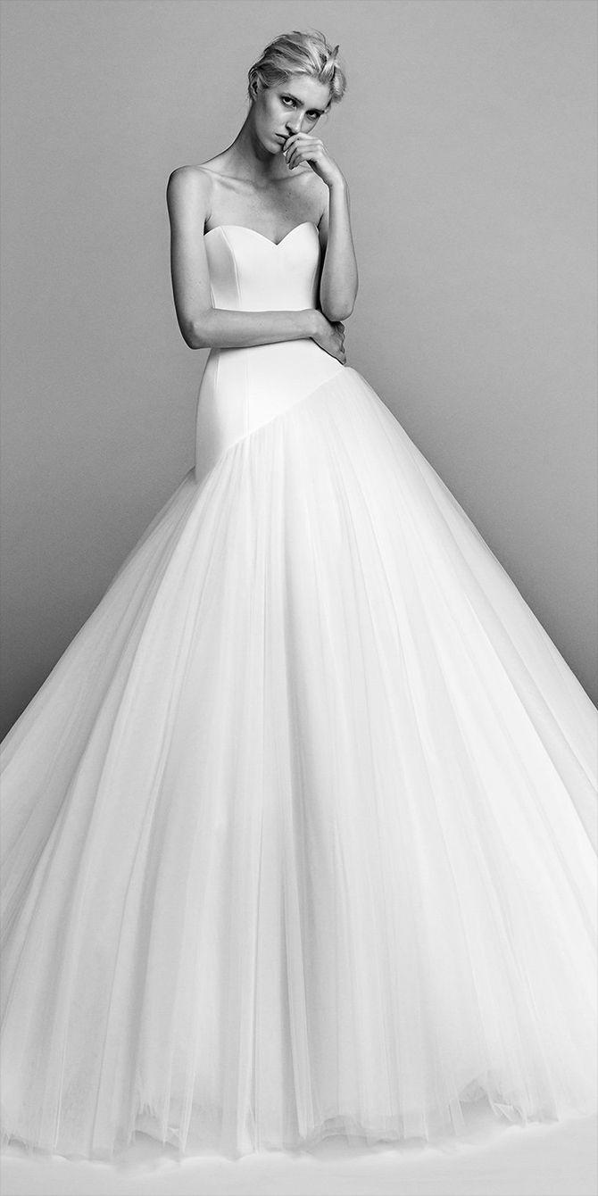 Viktor Rolf Fall 2017 Wedding Dresses