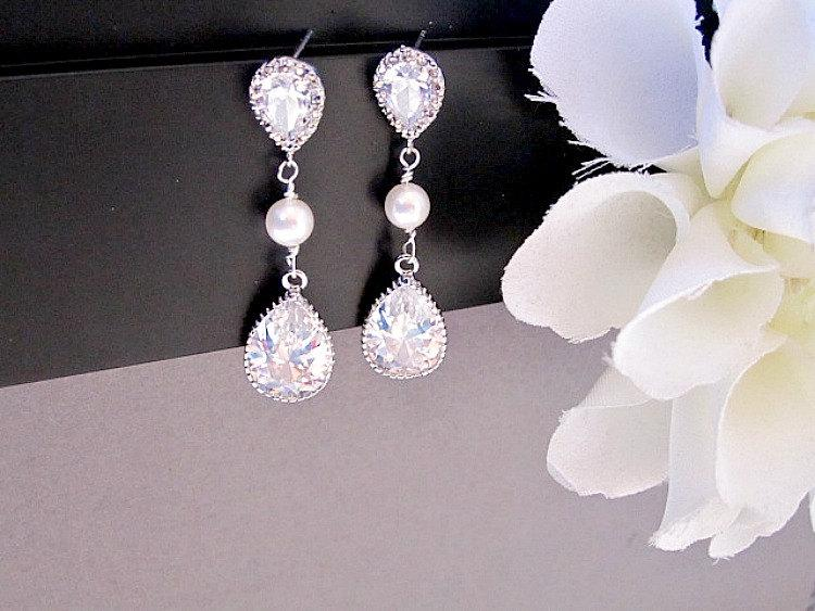 Mariage - Cubic Zirconia Wedding Earrings, Bridal Earrings, Swarovski Pearl, Crystal Earrings, long earrings, Bridal Jewelry, bride, maid of honor