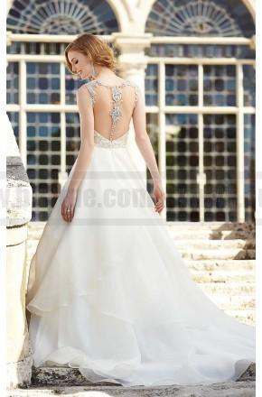 Hochzeit - Martina Liana Wedding Dress Style 727