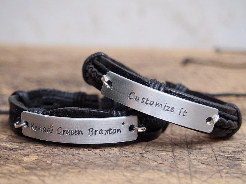 Mariage - Men's bracelet, Men's leather bracelet, Personalized men's Bracelet, Personalized nameplate bracelet, engraved mens Anniversary bracelet