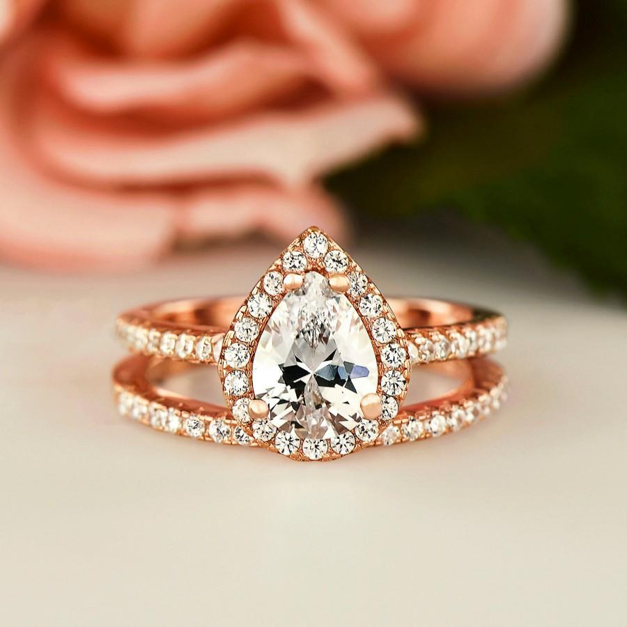 Mariage - 1.5 ctw Classic Halo Bridal Set, Pear Ring, Bridal Ring, Man Made Diamond Simulants, Half Eternity Ring, Sterling Silver, Rose Gold Plated