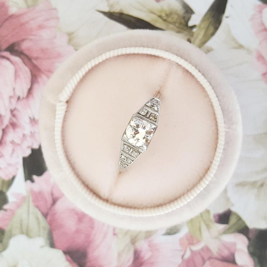 Hochzeit - Antique engagement ring, Antique diamond ring, Art Deco engagement ring, Vintage engagement ring, Vintage diamond ring