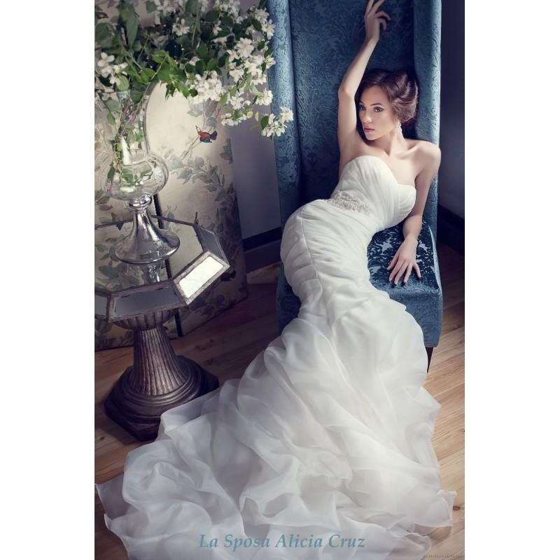 Свадьба - La Sposa Alicia Cruz 908 La Sposa Alicia Cruz Wedding Dresses Vol. 3 - Rosy Bridesmaid Dresses